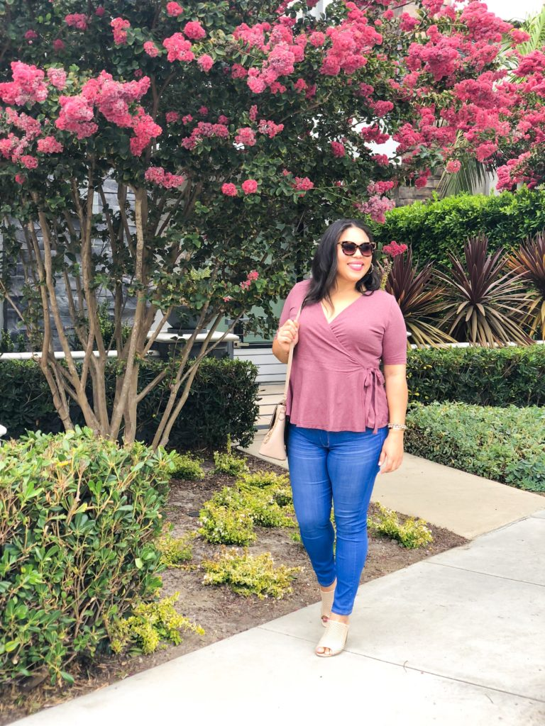 Why I Only Wear High Waisted Jeans (And Why You Need a Pair)