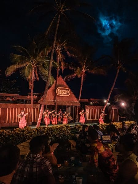 germaines luau in oahu